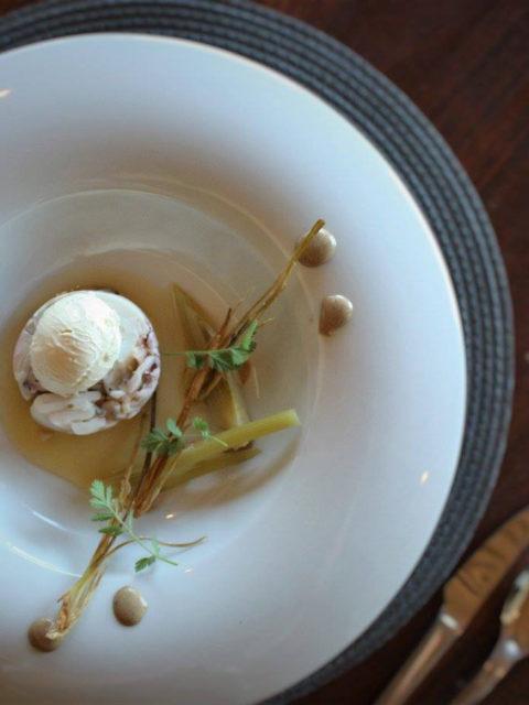 Forage Restaurant at Wildekrans - B A B Y C H O K K A T E R R I N E, Tangelo, Burnt Wild Garlic, Fennel Biscuits